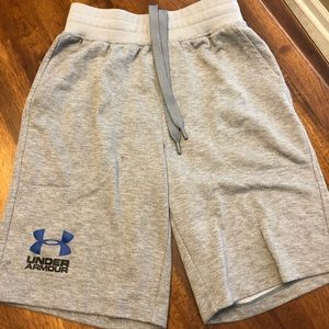 Under Armour shorts adult small
